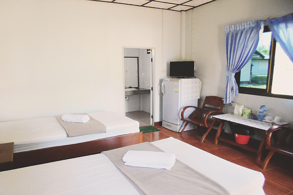 thai-mueang-resort-bedroom