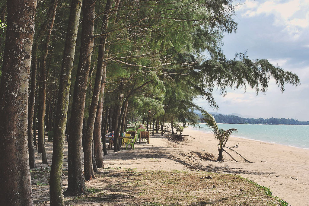 thai-muang-beach-in--phang-nga
